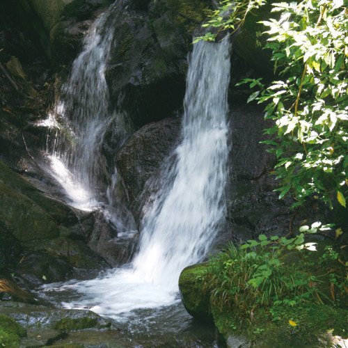Mebuchi Waterfall